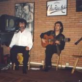 Pimentel cantando