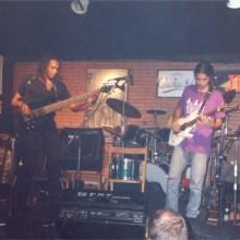Estado de Ánimo tocando no escenario