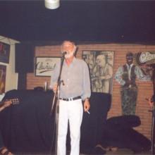 Javier Krahe cantando