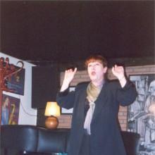 Pereira actuando en el escenario